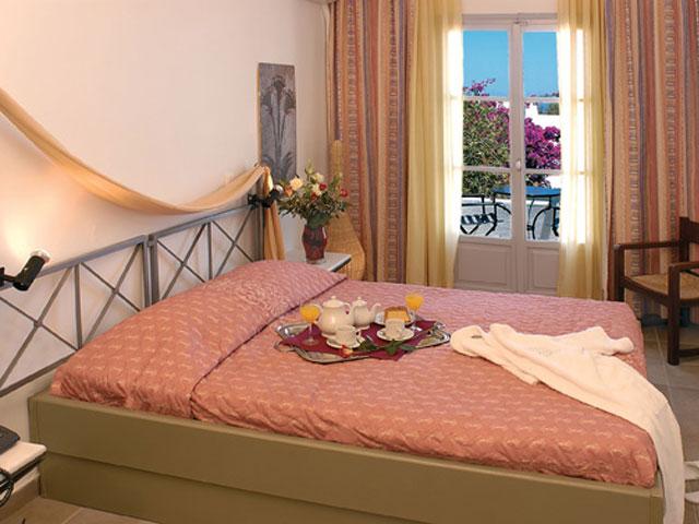 Kallisti Thera Hotel - Bedroom