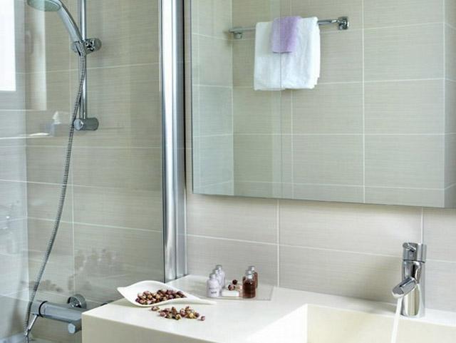 Amarilia Hotel - Bathroom