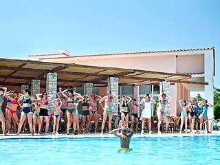 Tavari Beach Hotel - Image4