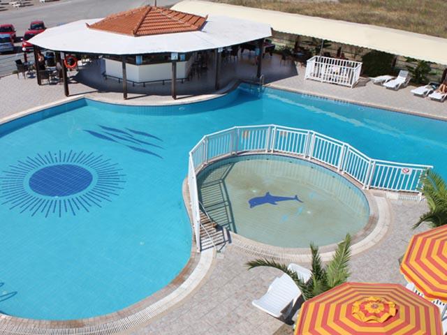 Kamari Beach Hotel -