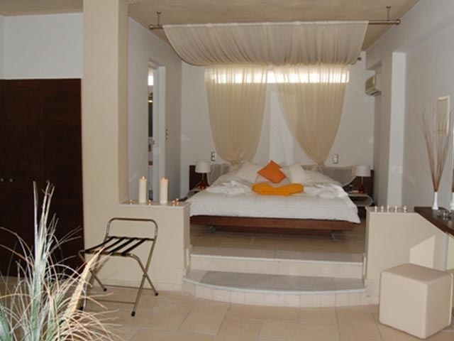 Antinea Suite Hotel and Spa -