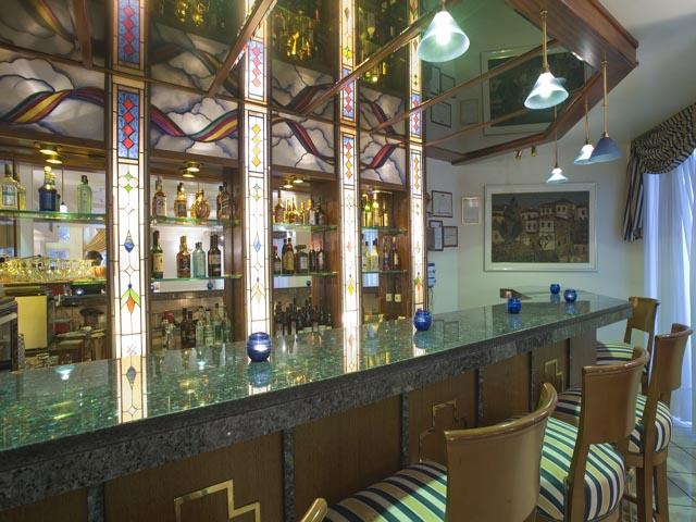 Emmantina Hotel -