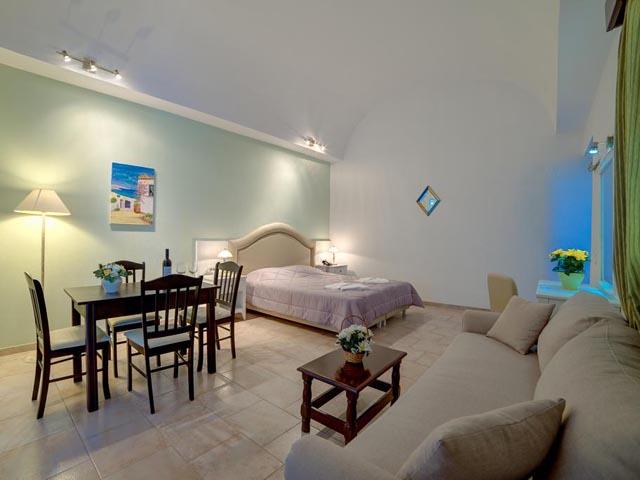 Scorpios Beach Hotel & Apartments -