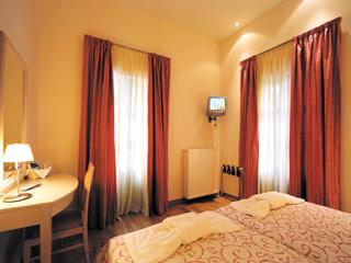 Helmos Hotel - Room