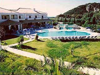 Karavostasi Beach Hotel - Image3