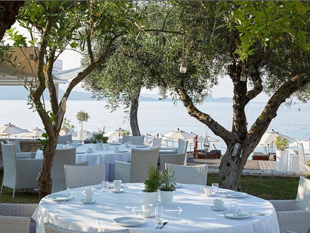 Lichnos Beach Hotel -