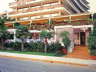 Plaza Vouliagmeni Strand Hotel - Exterior View