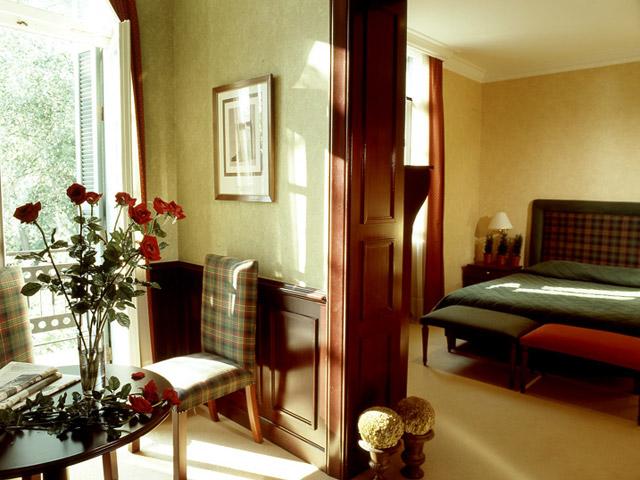 Kefalari Suites Hotel - Botanic Gardens Superior Suite