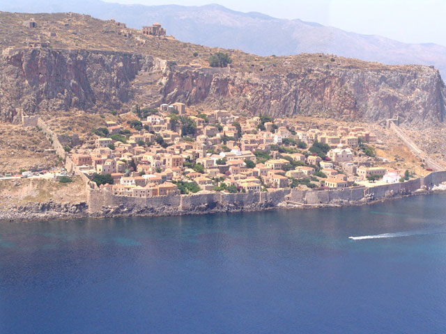 Goulas Traditional Hotel Apartments - View of the area