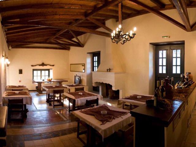 Lazareto Hotel - Dinning Area