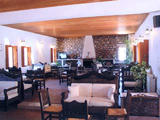 Limeni Village Hotel - Image4