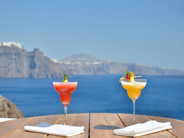 Book Now: 160 Thea Hotel Oia