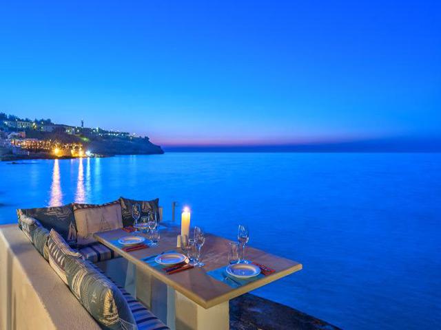 Book Now: Delfini Beach Hotel