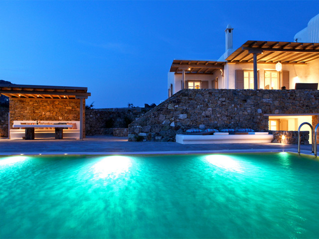 Book Now: Elia White Residence Villa