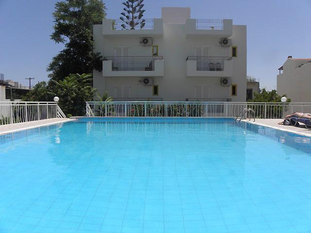 Book Now: Acropolis Apartments Hersonissos
