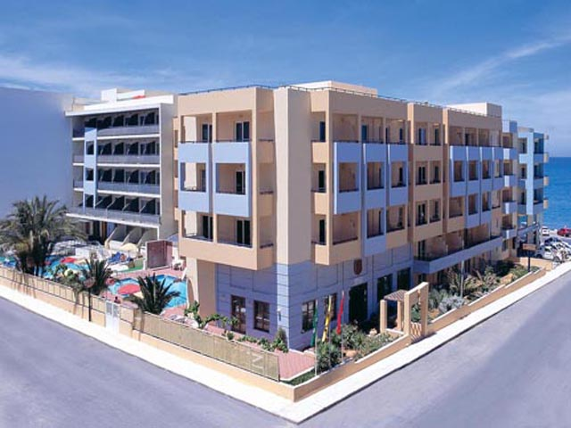 Book Now: Lefkoniko Bay Hotel